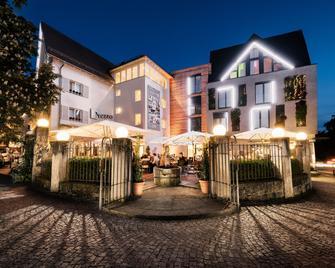 Hotel Schwanen Metzingen - Metzingen (Baden-Wurttemberg) - Edificio