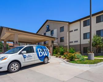 Best Western North Edge Inn - Dodge City - Gebouw