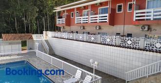 Suítes Ubatuba Praia da Lagoinha - Ubatuba - Edificio