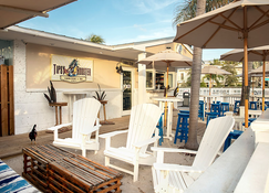 Southwinds Motel - Key West - Patio