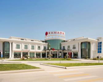 Ramada by Wyndham Sakarya - Adapazari - Building