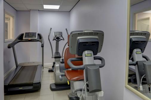 Sure Hotel by Best Western Reading - Reading - Gym