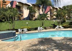 Hotel Porto dos Milagres - Aparecida - Pool
