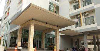 The Centrino Serviced Residence - Surat Thani