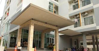 The Centrino Serviced Residence - Surat Thani