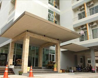 The Centrino Serviced Residence - Surat Thani - Building