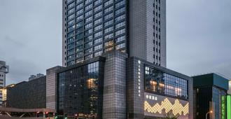 上海中亞雅高美爵酒店 - 上海 - 建築