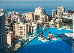 Staybridge Suites Beirut - Beirut - Piscina