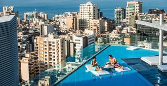 Staybridge Suites Beirut, An IHG Hotel - ביירות - בריכה