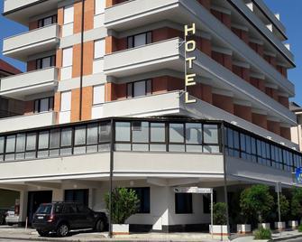 Hotel Riviera - Porto San Giorgio - Edificio