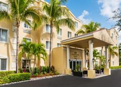 Homewood Suites by Hilton Bonita Springs/Naples-North - Bonita Springs - Building