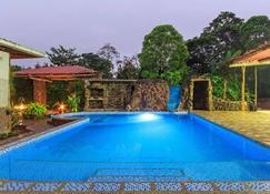 加拉巴哥自然旅館 - 愛歐拉港 - 阿約拉港 - 游泳池