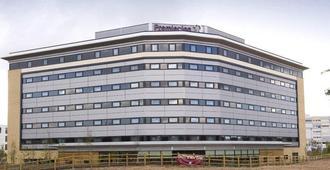 Premier Inn Manchester Airport Runger Lane North - Hale (Trafford)
