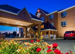 Best Western Plus Fort Wayne Inn & Suites North - Fort Wayne - Building