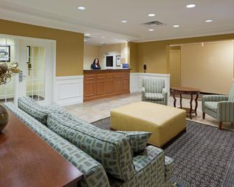 Candlewood Suites Manassas - Manassas - Lobby