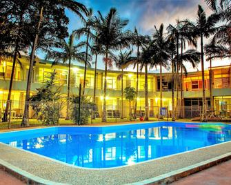 Ocean Paradise Holiday Units - Coffs Harbour - Pool