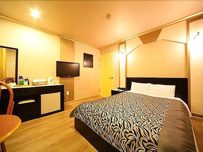 Island Motel - Yeosu - Bedroom