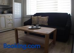 Ezero Apartment - Šiauliai - Living room
