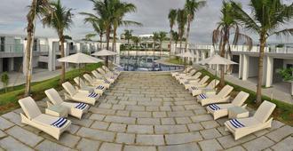 Grande Bay Resort and Spa Mamallapuram - Mahabalipuram - Patio