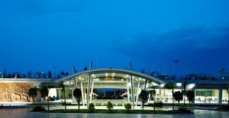 馬馬拉普拉姆spa中心及大灣度假酒店 - 馬哈巴利普拉姆 - 建築