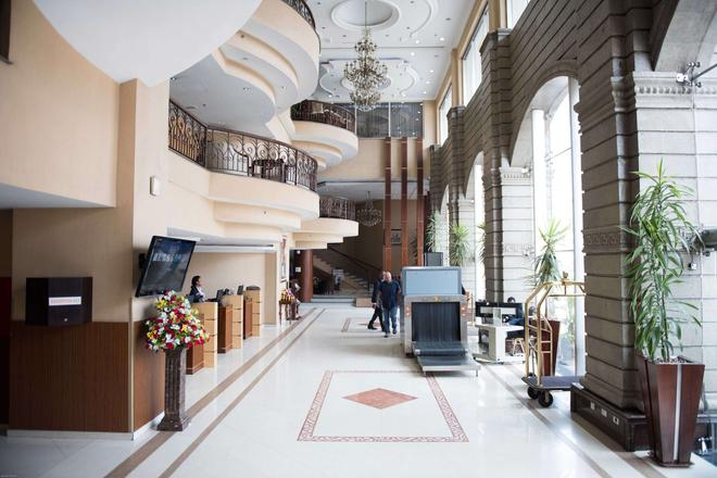 Capital Hotel & Spa - Addis Ababa - Lobby