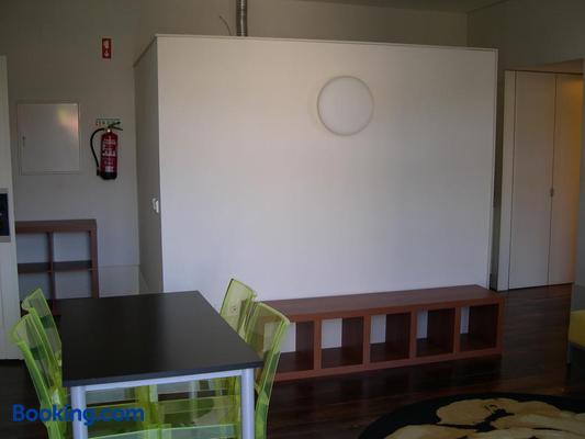 HI Guimaraes - Pousada de Juventude - Guimarães - Dining room