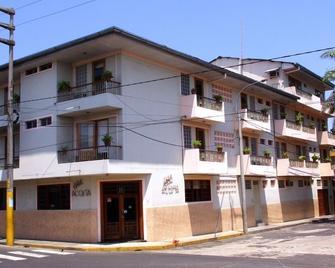 Hotel Acosta - Iquitos - Building