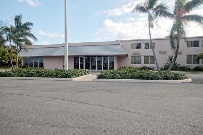 Motel 6 Miami - Miami - Edificio