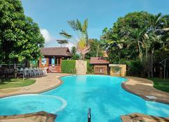 Namkhong Guesthouse And Resort - Chiang Khong - Pool