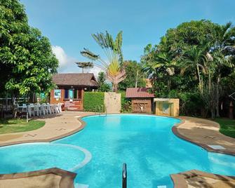 Namkhong Guesthouse And Resort - Chiang Khong - Басейн