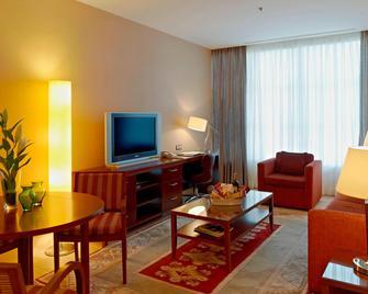 Marriott Executive Apartments Atyrau - Atyrau - Soggiorno