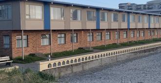 Ocean Front Motel - Seaside - Building