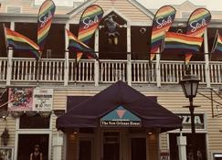 New Orleans House - Gay Male-Only Guesthouse - Key West - Gebäude