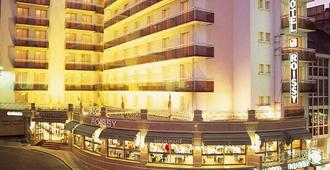 Hotel Roissy Lourdes - Lourdes - Toà nhà