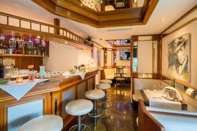 Best Western Plus Parkhotel Erding - Erding - Bar