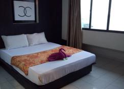 Hotel Laut Jaya - Tanjung Pinang - Bedroom