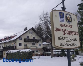 Landgasthof zum Papyrer - Lenggries - Building