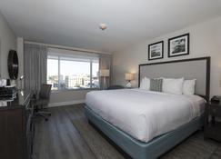 威爾明頓河濱希爾頓酒店 - 威明頓 - 威爾明頓(北卡羅來納州) - 臥室
