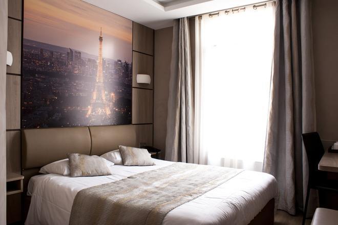 Hotel Carina Tour Eiffel - Παρίσι - Κρεβατοκάμαρα