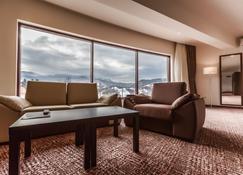 Grand Hotel Belvedere Brasov - Brasov - Sala de estar