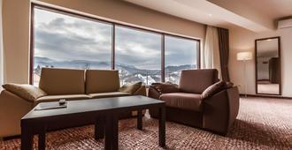 Grand Hotel Belvedere Brasov - Braşov - Living room
