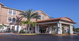 Holiday Inn Express Daytona Beach - Speedway - דייטונה ביץ'
