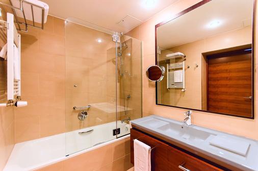 NH Poznan - Poznan - Bathroom