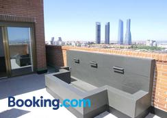 Sytb&b Luxury Bed & Breakfast - Madrid - Balcony