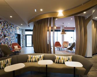 Holiday Inn Express Paris - CDG Airport - Roissy-en-France - Lounge