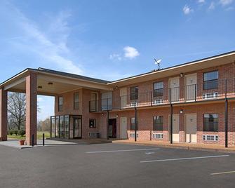 Days Inn by Wyndham Brownsville - Brownsville - Gebouw