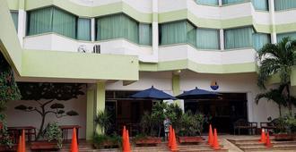 Hotel Plaza Cozumel - Cozumel - Gebouw
