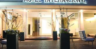 Hotel Internacional - Mendoza - Building