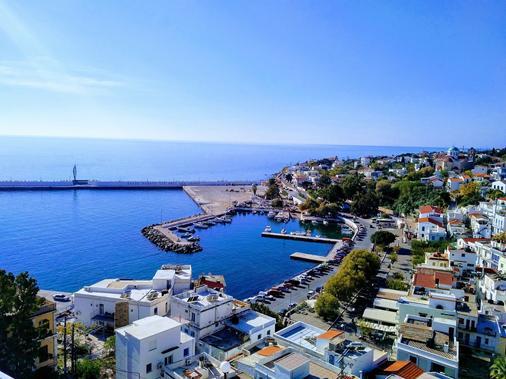 Kastro Hotel - Agios Kirykos - Outdoors view