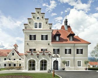 G'Schloessl Murtal - Großlobming - Gebäude